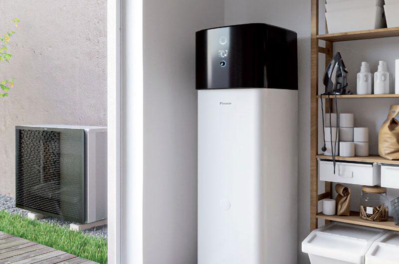 Instalación de sistema de aerotermia en el hogar